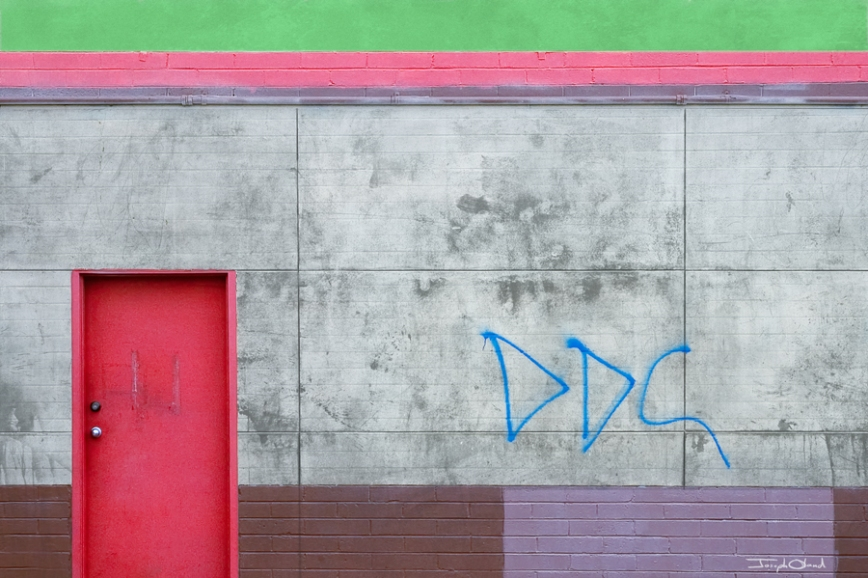 neon-walls-post